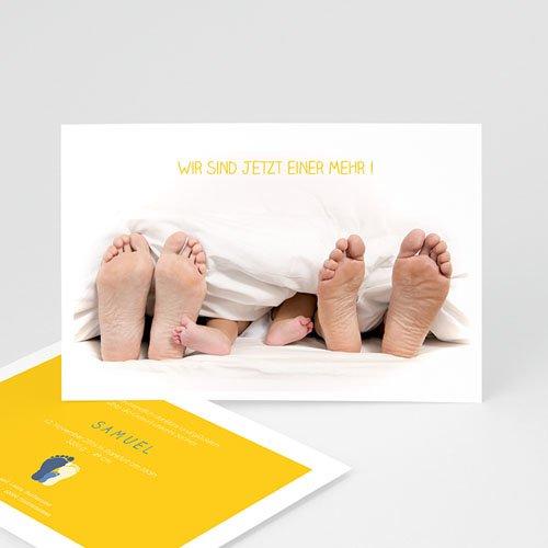Geburtskarten für Mädchen - Füße unter der Decke 44370