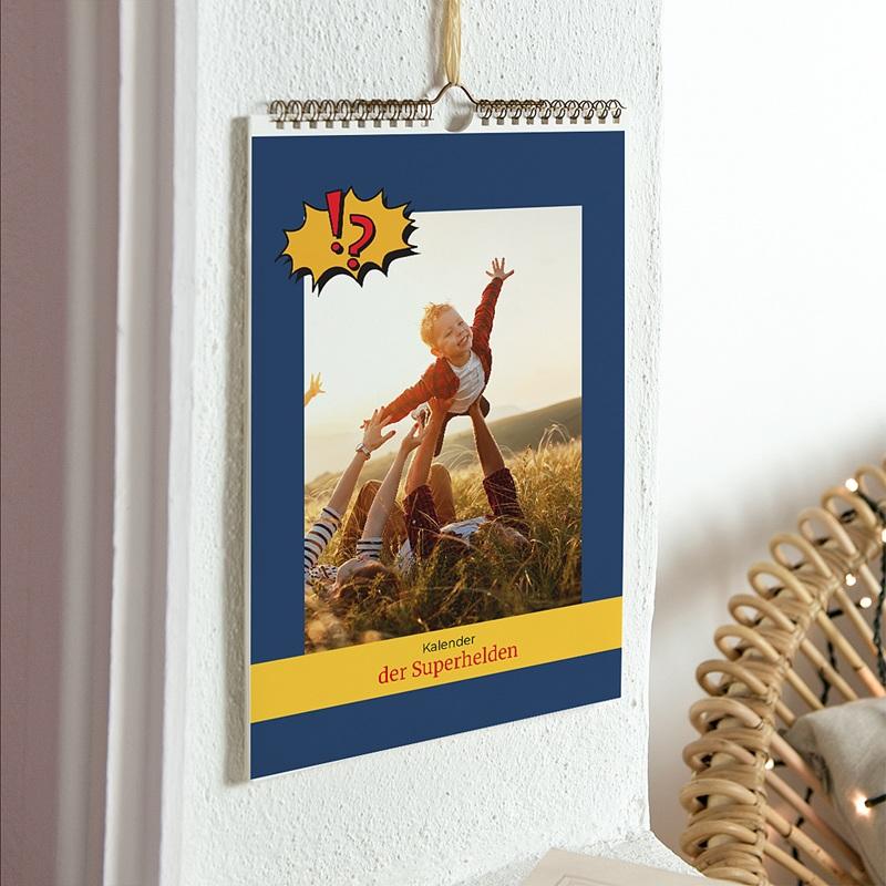 Wandkalender Superhelden