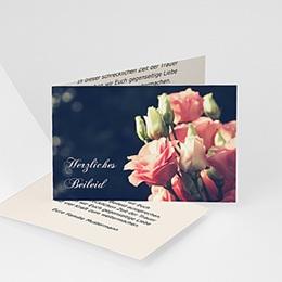 Trauer Danksagung weltlich Rosen auf grauem Hintergrund