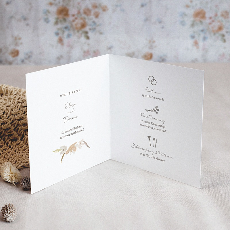 Hochzeitseinladungen Blumenkranz, Aquarell, Klappkarte, 14 x 14 cm pas cher