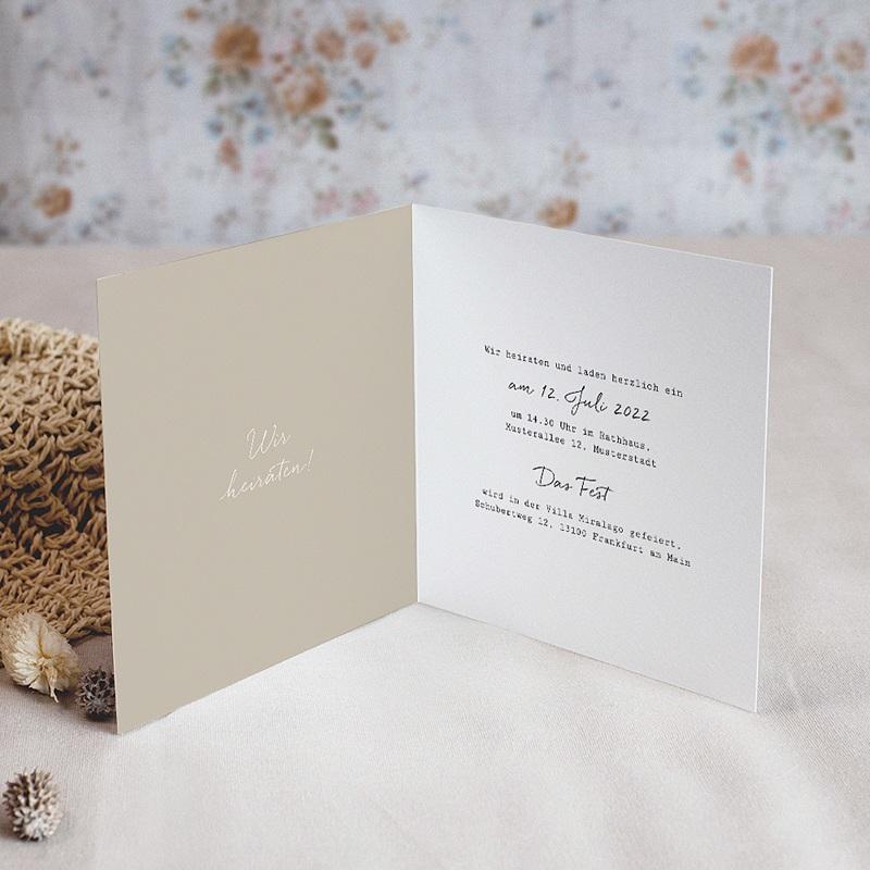Hochzeitseinladungen Roter Blumenstrauß, Klappkarte pas cher